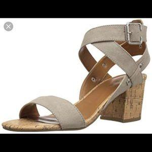 Indigo Rd. Elea heeled Sandal